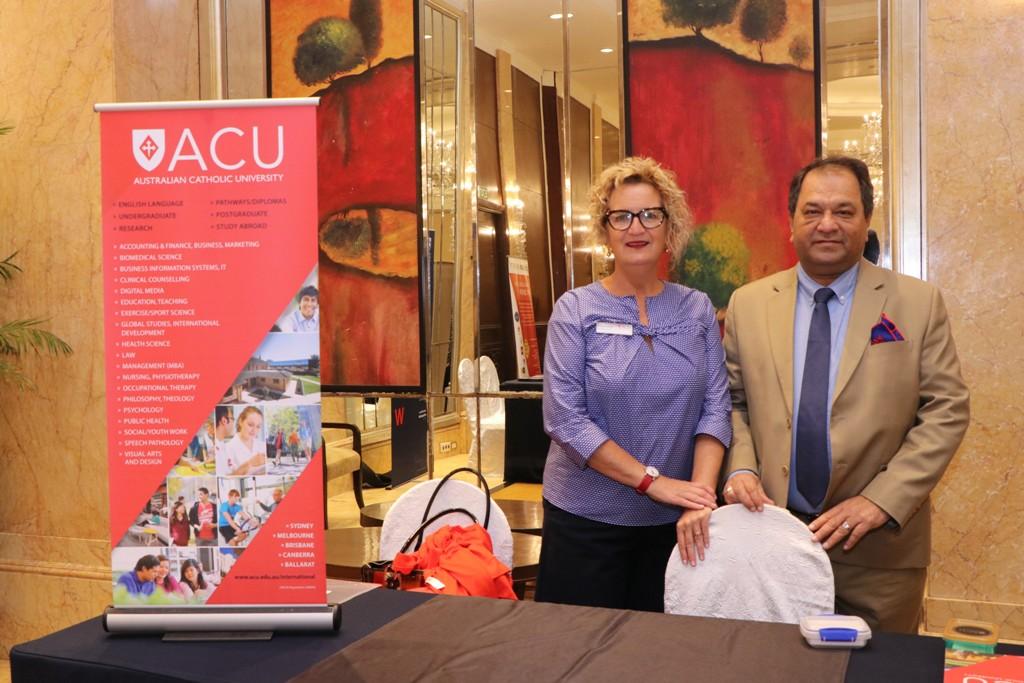 Study Abroad Consultants in Delhi - Overseas education Consultants
